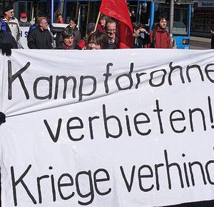 Protest Kampfdrohnen verbieten